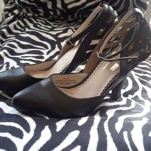 Pointed Toe with Strap Heels. Size 5 1/2 U.S.